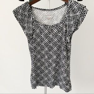 Banana Republic Black & White Pattern Blouse Large